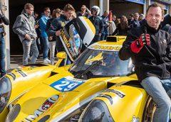 Ben Torre uit Nieuwegein racet met 250 km/u over circuit van Zandvoort