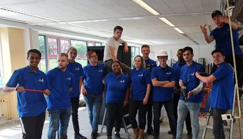 """Studenten met herbestemmingsproject """"kamers met kansen"""" in finale SLIMcirculair"""