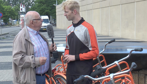 TeamNL fietsen op Sportpark Galecop helpen bij parkeerprobleem Papendorp