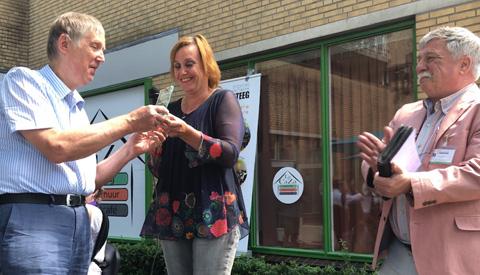 Geslaagd Wijkfeest in Fokkesteeg, Henk van Montfoort werd 'Fokkesteeger van het Jaar'