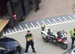 Geluidsoverlast leidt agenten naar duo met drugs in woning aan de Veenwal