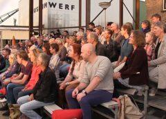 Publiek genoot van de voorstelling 'De Eeuw van Ariane' op de Museumwerf