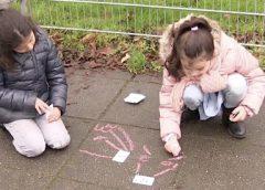 Buitenlessen op schoolplein OBS De Krullevaar