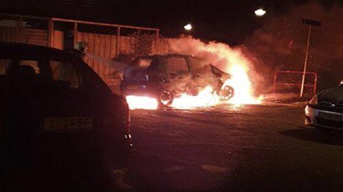 Weer auto in de brand in Zuilenstein