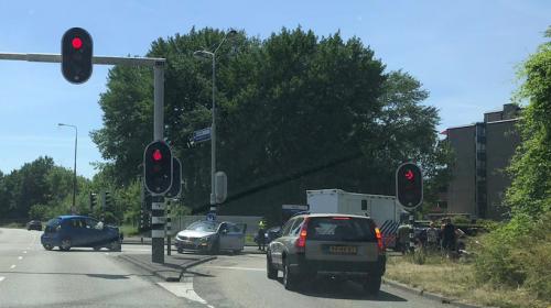 Veel schade bij aanrijding op de A.C. Verhoefweg