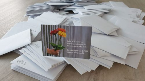 320 handgeschreven kaarten voor hulpvragers/deelnemers Algemene Hulpdienst Nieuwegein