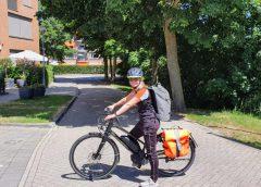 Buurtsportcoach Julia van Weelden pakt de fiets van Rotterdam naar Nieuwegein