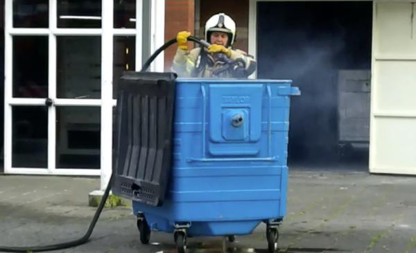 Brandje in container aan Thorbeckepark snel geblust