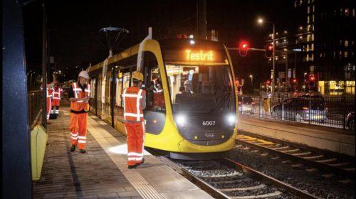 Nachtelijke testritten met nieuwe tram tot eind september