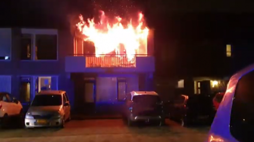 Video-update: 'Brand in bankstel in woning aan de Mandolahof'