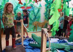 Kinderen De Vleugel genieten van Escape room in de klas