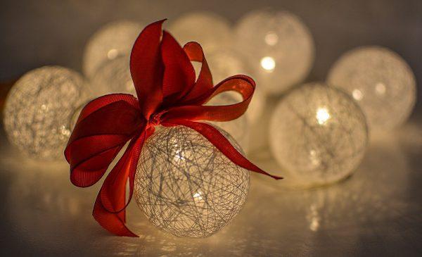 Kiezen voor een veelzijdige hout kerstboom
