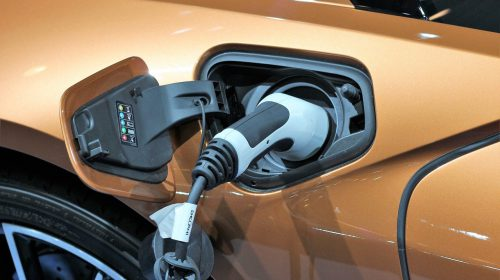 Een groot onderhoud bij je elektrische auto; wat komt er bij kijken?