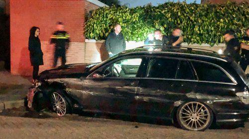 Gestolen auto belandt zwaar gehavend in Galecop